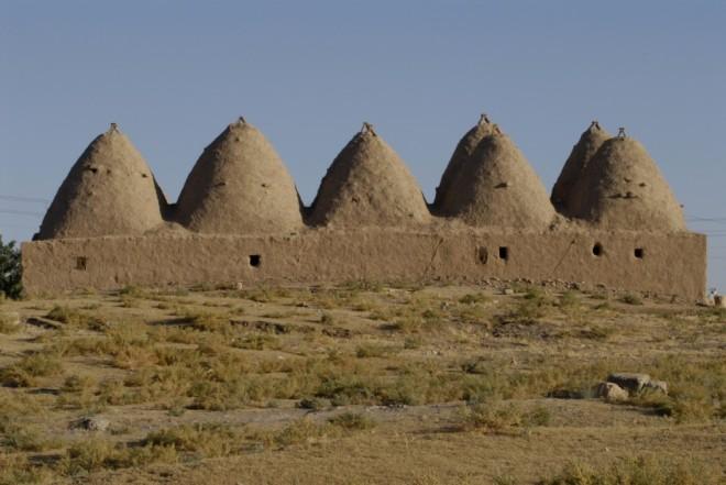 beehive houses in haran